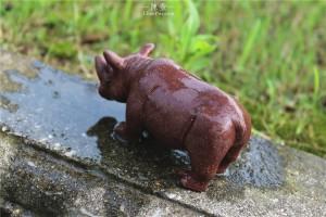 紫砂犀牛茶宠